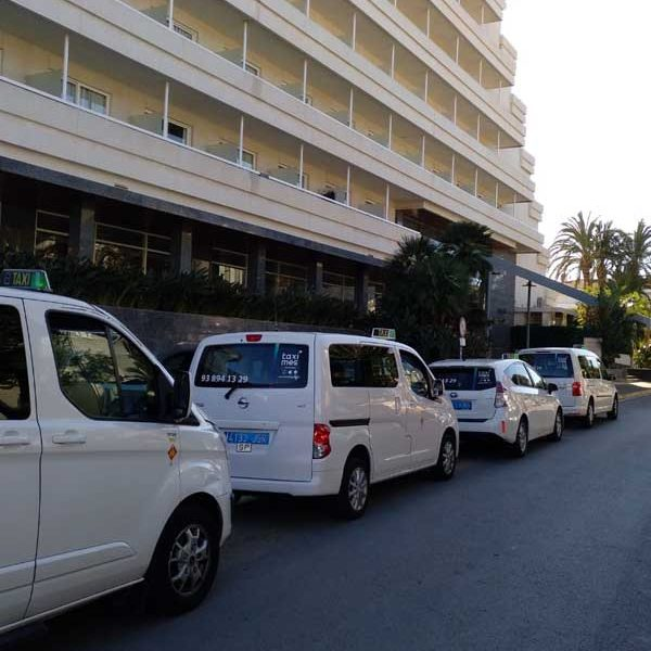 Taxi Sitges Services